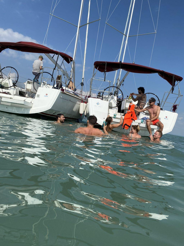 ZOA Studio Holiday Sailing boat swimming